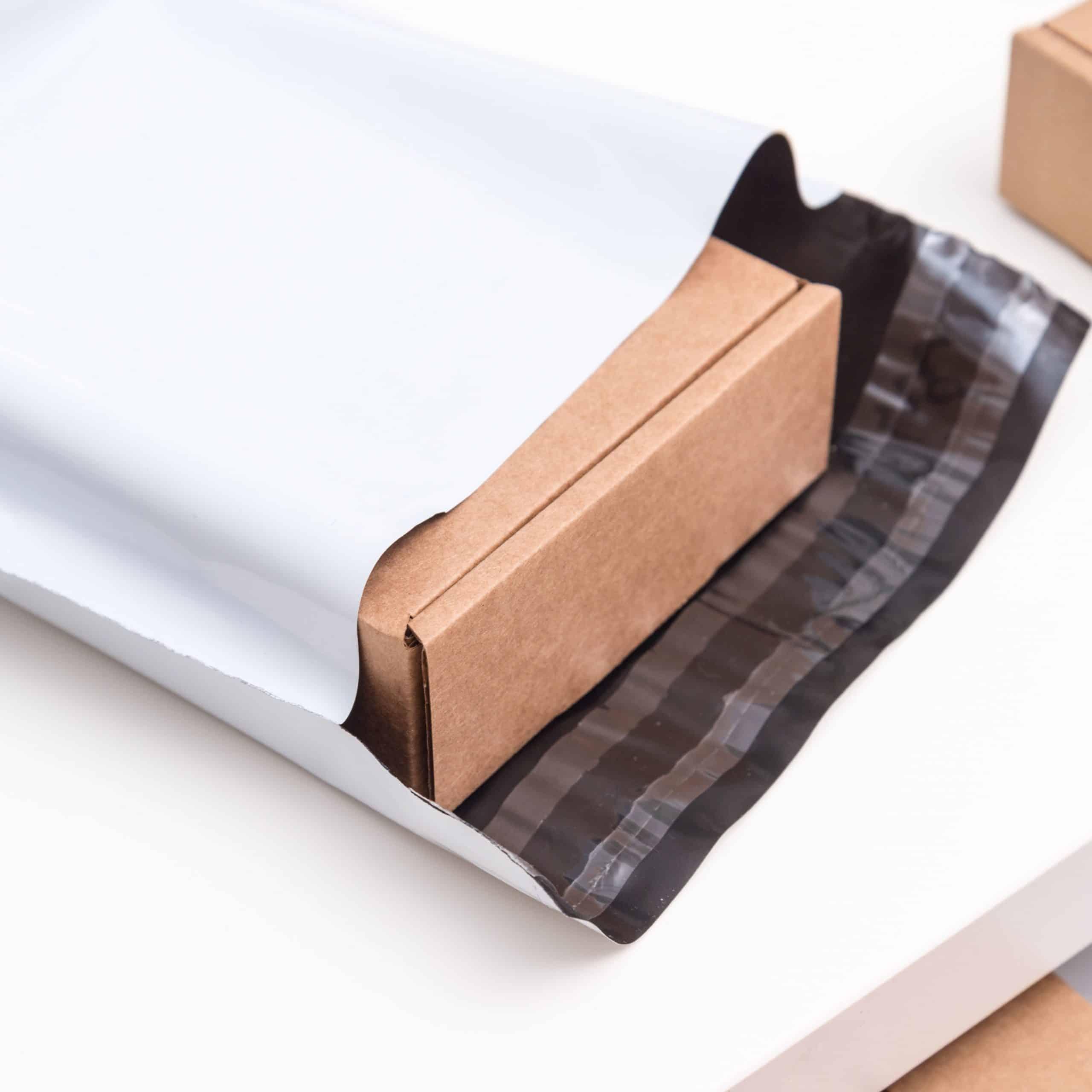 Busta flyer shipping envelopes shipping bags envelopes Oniloc